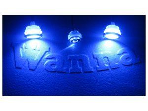 Chromotherapy valot,voit valita yksitäisen tai väriävaihtavan toiminon kytkinpanelista.
